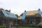 Dakrenovatie woonhuis en bijgebouwen te Schellinkhout